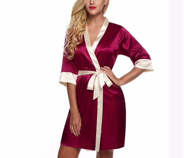 Дизайны женских халатов